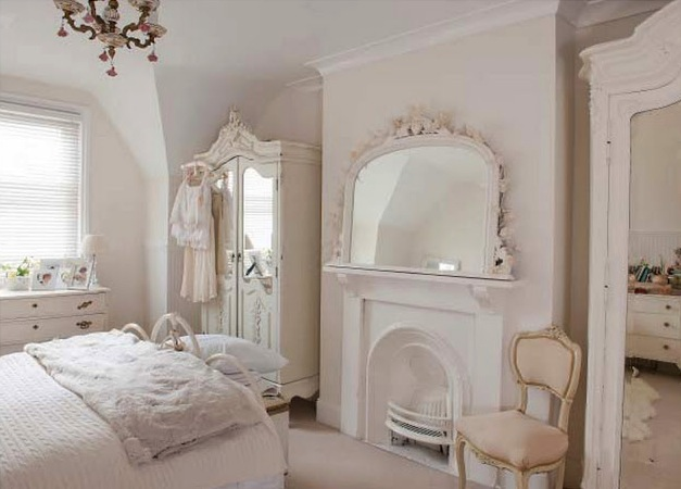 Decor inspiration shabby chic spaces for Classy chic bedroom ideas